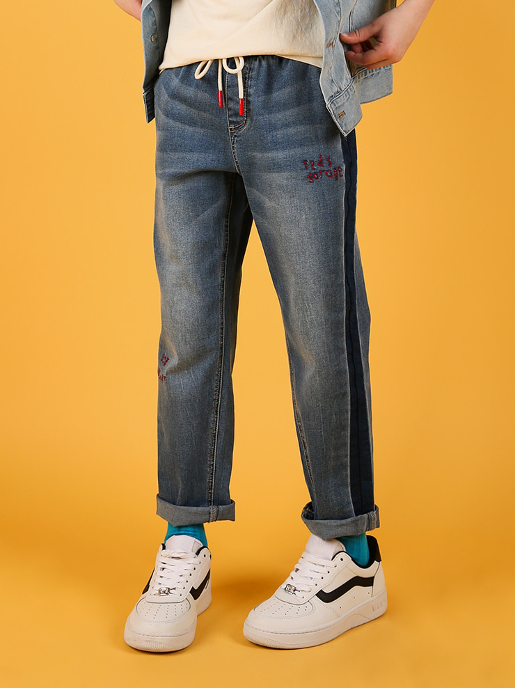 아이스비스킷 - Ted graffiti semi baggy-fit denim pants 20% sale
